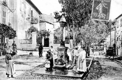 LA RUE DESJOBERT EN 1900.jpg