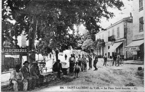 26 LOU BARRI, PLACE SAINT ANTOINE 1925.jpg