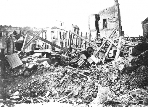 DESTRUCTIONS PAR LES BOMBARDEMENTS.jpg